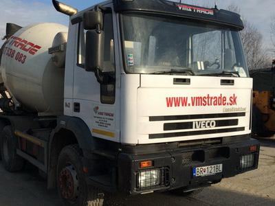 IVECO 260E30H - domiešavač 7 m3